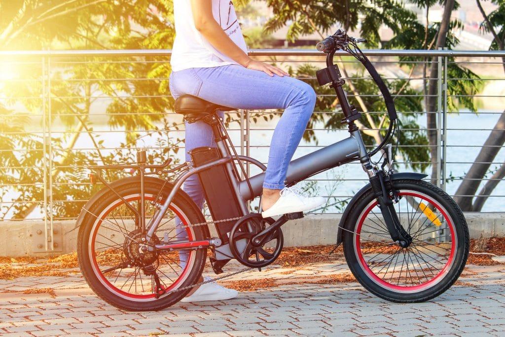Bicicletas elétricas superam carros elétricos no mundo todo