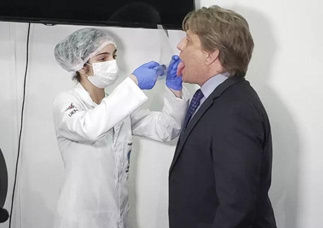 Covid-19: Pesquisadores brasileiros criam teste que detecta doença em 3 segundos