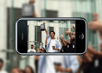 """Em resposta à ativista, cofundador da Apple demonstra apoio ao """"direito ao reparo"""""""