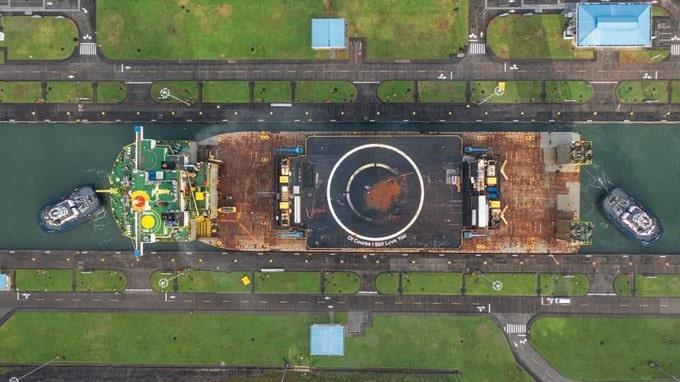 Balsa-drone da SpaceX se muda da Flórida para a Califórnia