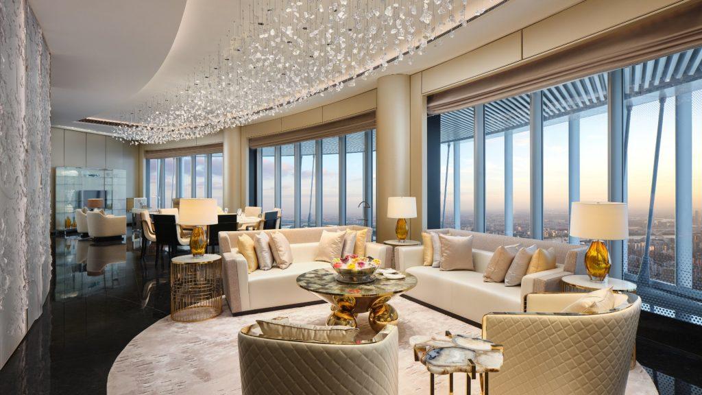"""China inaugura hotel """"mais alto do mundo"""""""