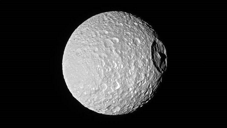 Conheça as dez luas mais esquisitas do nosso Sistema Solar
